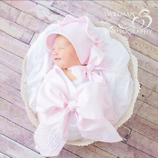Ooooooo I've had some sweetness in my newborn studio lately!! Meet Abigail James. She was a dream for our shoot and gave me so many smiles!! I knew we would make a great team the minute her mama walked in with this fabulous bonnet and swaddle from @thebeaufortbonnetcompany . Beautiful!  #swetmanphotography #newbornphotographer #heirloomnewbornphotography #newbornlace #newbornbabygirl #beaufortbonnetswaddle #beaufortbonnet