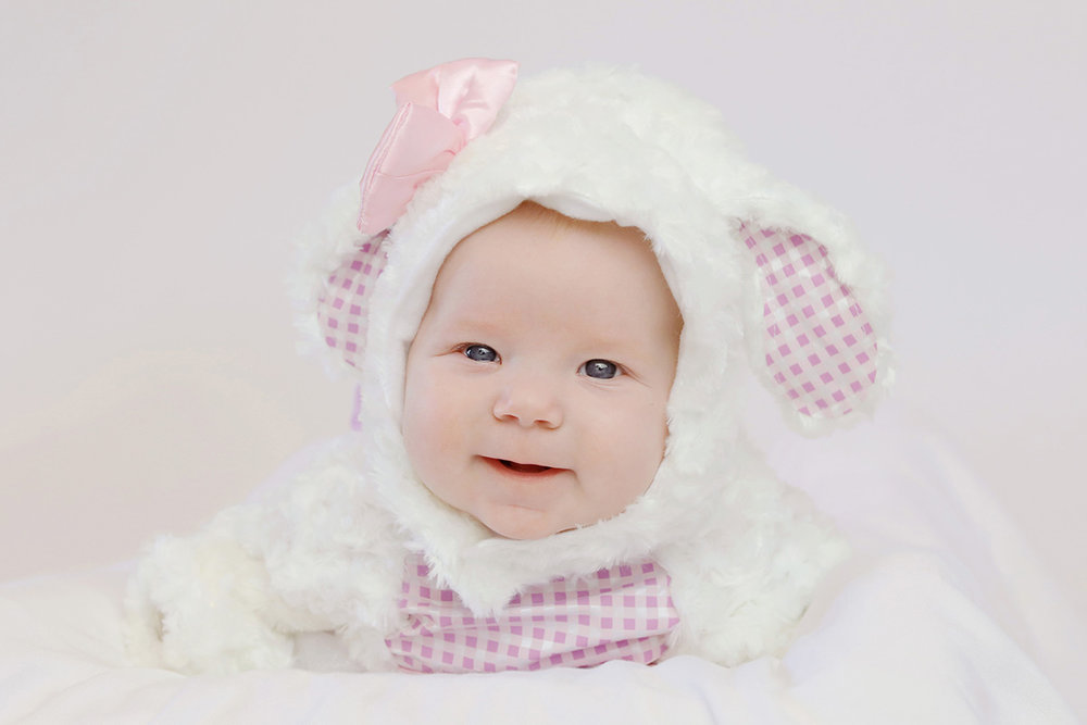 ocean-springs-newborn-photographer-lamb-halloween-costume.JPG