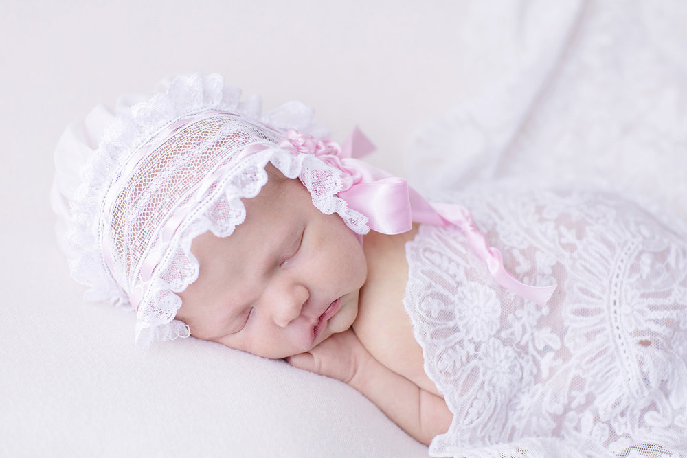 newborn-lace-bonnet-pink-ribbon-swetman-photography.jpg