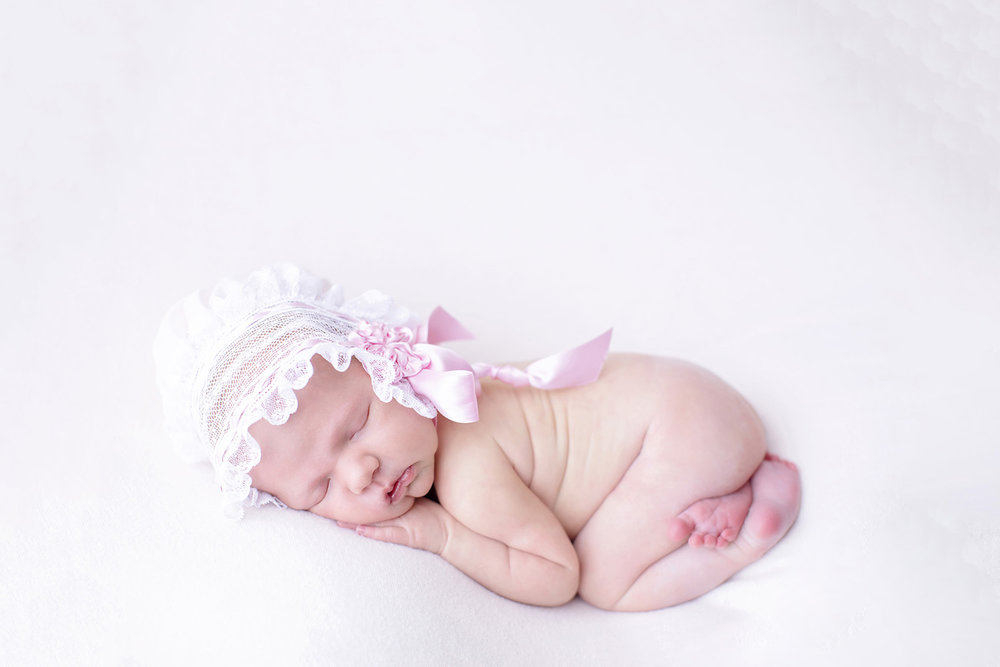 swetman-photography-ocean-springs-mississippi-newborn-photographer-lace.jpg