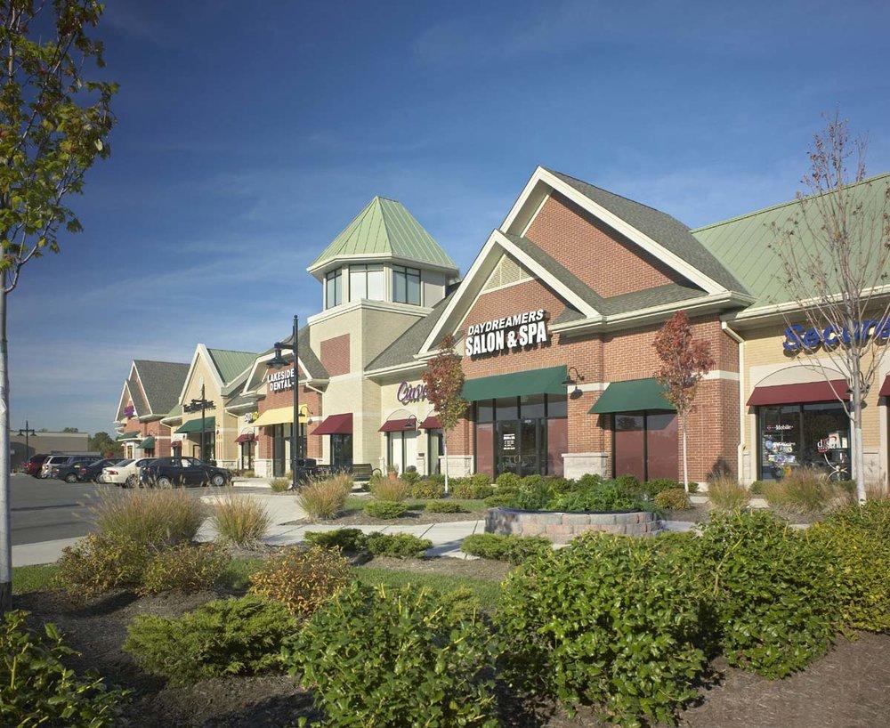 Lakeside Shoppes at Winghaven.jpg