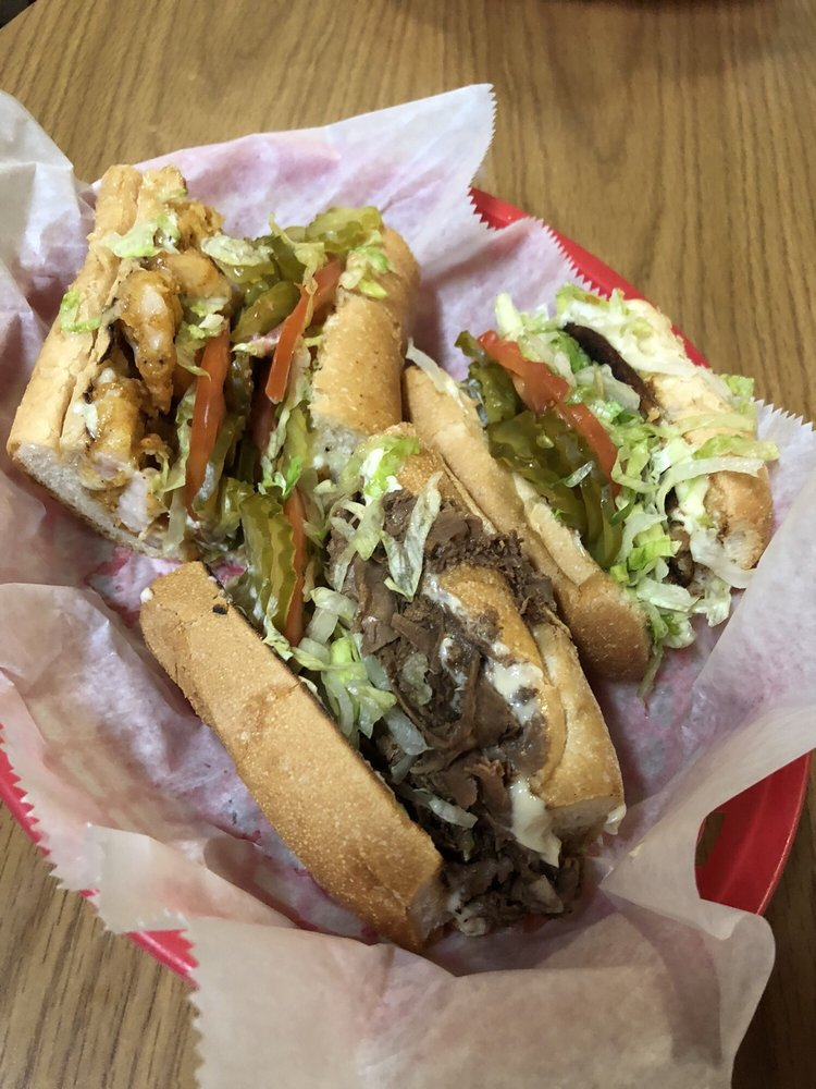 Mouth watering poboys!