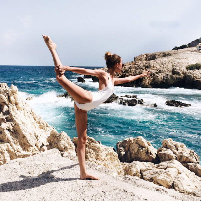 How to start yoga - Some tips on how to get motivated to start your yoga journey.