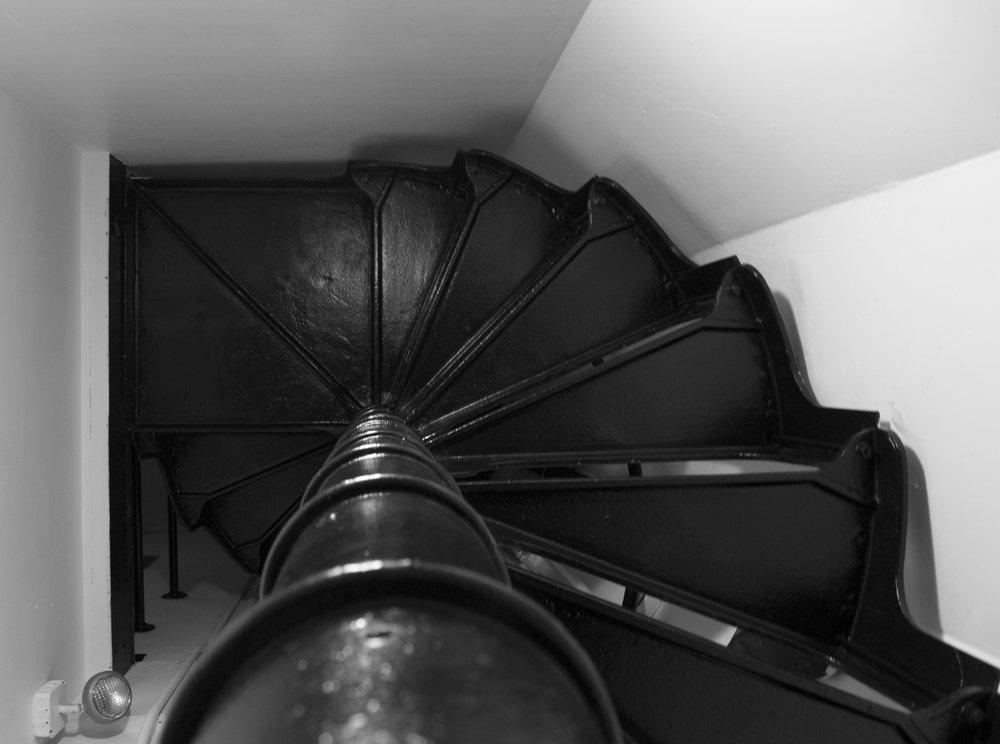 14-Stairwell.jpg