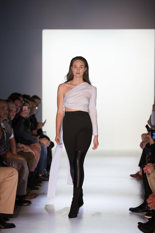 Massif Fashion Week 2017 Day 4 Chelsea Ma - 004.jpg