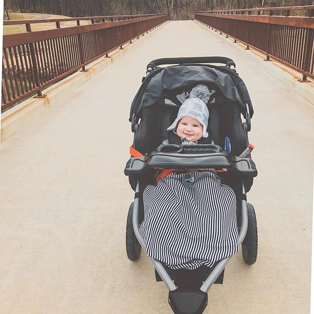 We finally got to get out for our first run. 🏃‍♀️ Needless to say someone loved riding in the stroller like a big boy. Made it a whole 2 miles before tiring out on me. We got a ways to go to get Bix ready! 😆  #runningmom #gettinfit #bigboy #NileAdventures #bix7