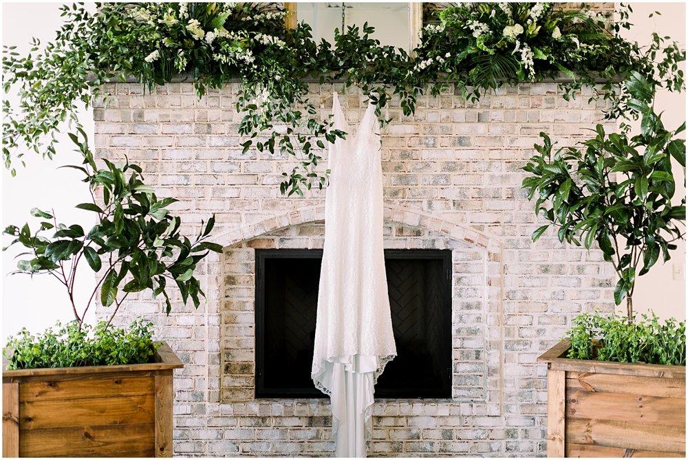 Wrightsville Manor Wedding_Erin L. Taylor Photography_0003.jpg