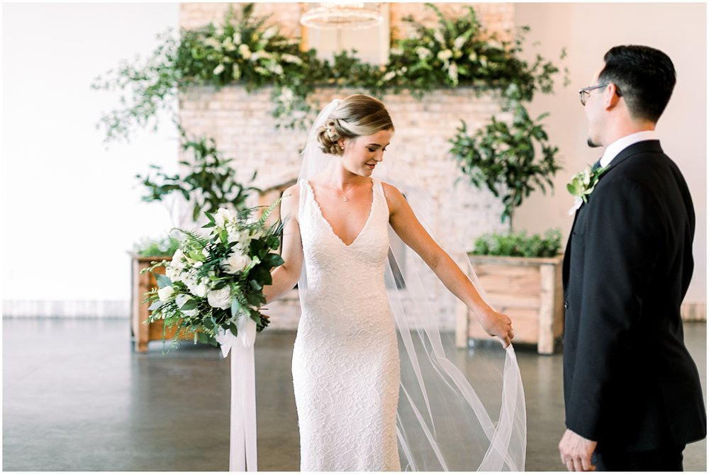 Wrightsville Manor Wedding_Erin L. Taylor Photography_0021.jpg