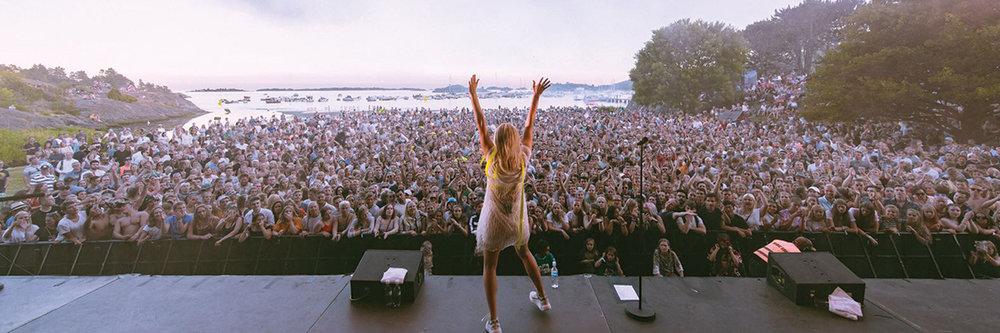 Astrid S - Skral Festival
