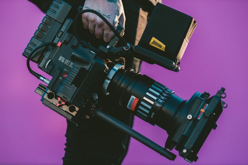 Conference interpreters for TV shows and live streams