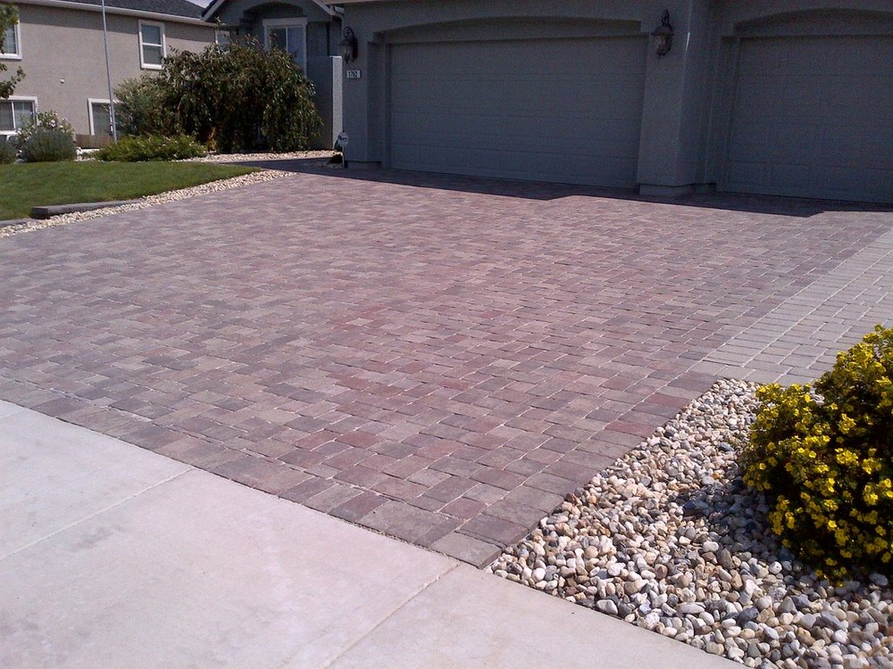 Landscaping companies near me in Reno, NV for front yard landscaping