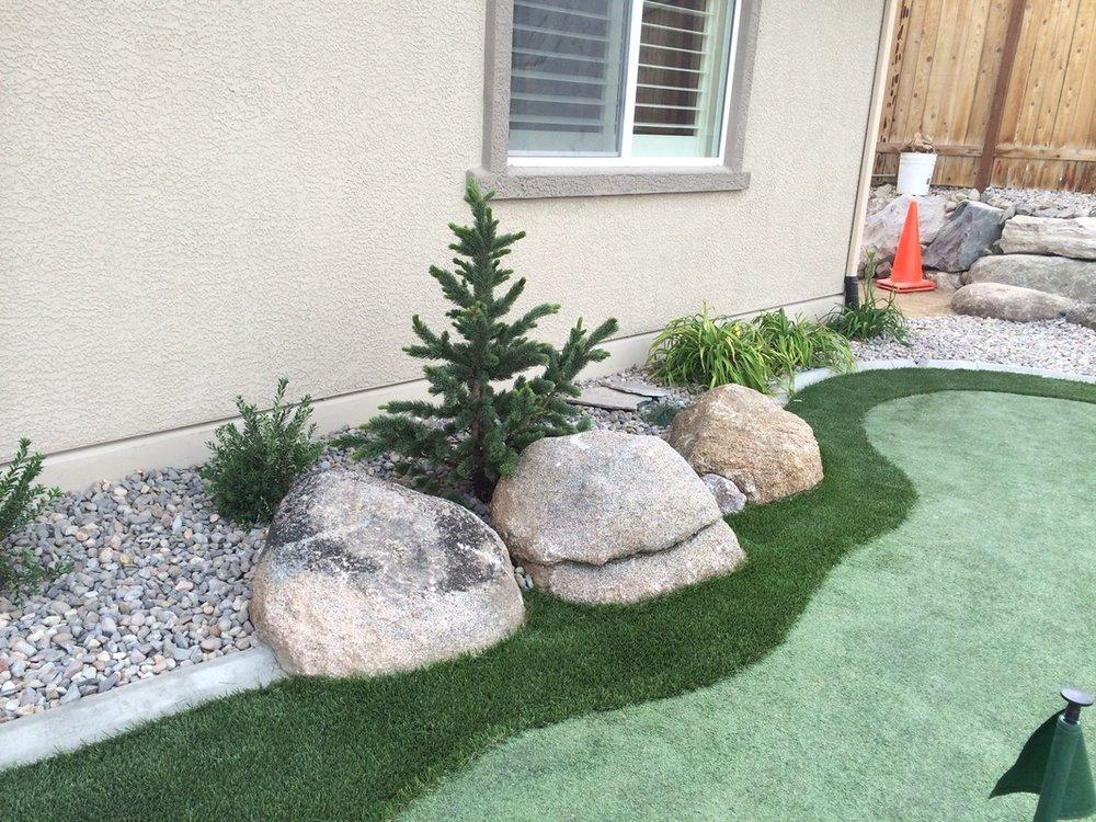 Reno, NV backyard design by landscape contractors