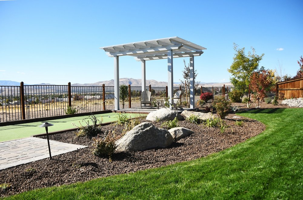 Bacykard design with pergola in Reno, NV