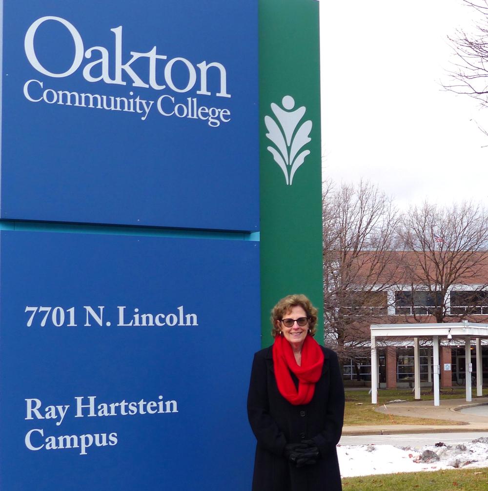 wendy-yanow-at-oakton-community-college.jpg