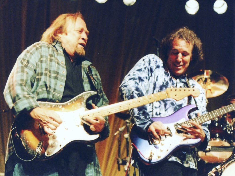Stephen Stills & Jeff Pevar - Photo: Tim Owen