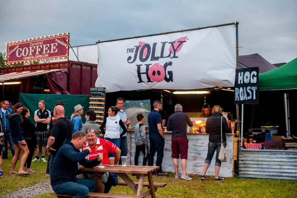 hog-roast-streetfood-at-official-campsite-for-circuit-1600w.jpg