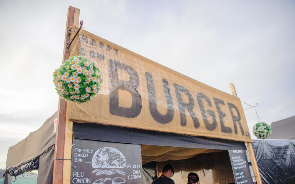 Happy-cow-burger-at-official-silverstone-campsite-1600w.jpg