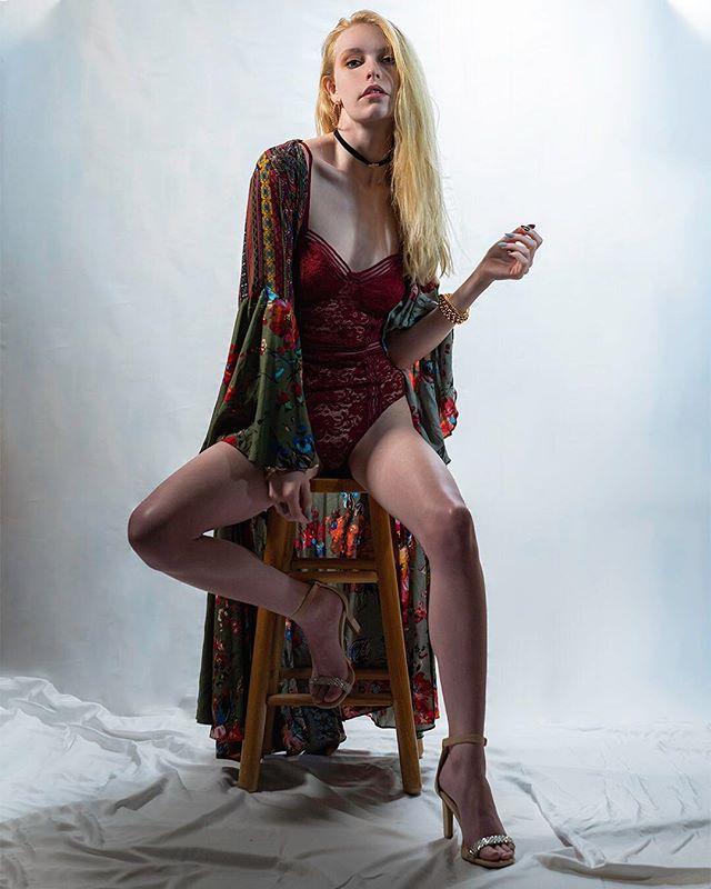 What do you do when it's cold outside? * * Model: @tinadelane * * #model #mkemodel #chicagomodel #mkeportraits #wwgrams #beautiful #beautifulwomen #portrait #portraiture #portraits_ig #makeportraits #portraitspage #postthepeople #artofvisuals #ig_portrait #portraitshot #portraitmood #moodygrams #portraitsquad #dopeports #madisonphotographymeetup #madison #wisconsin #madisonwi #vhmadison #igersmidwest #sonyalpha #sonyalphaportrait #lingerie