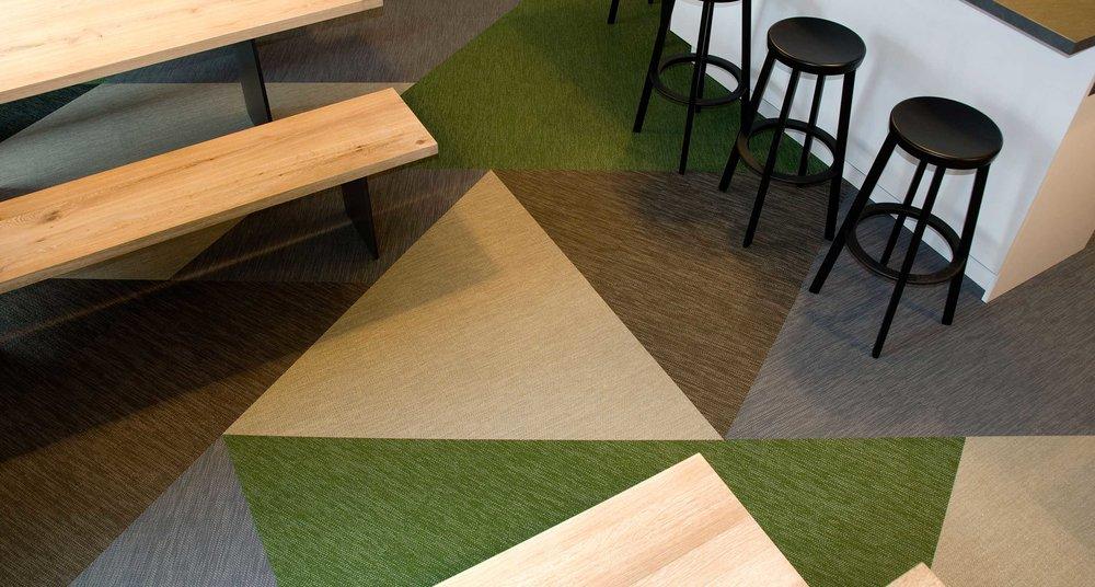 Williamsburg goes FFM. - SinnerSchrader, Büro Design, Frankfurt