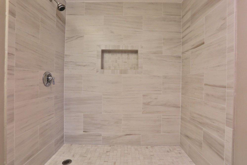 16 harcourt shower-2.JPG