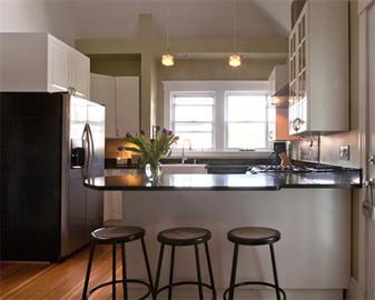 14 Breck Kitchen.jpg
