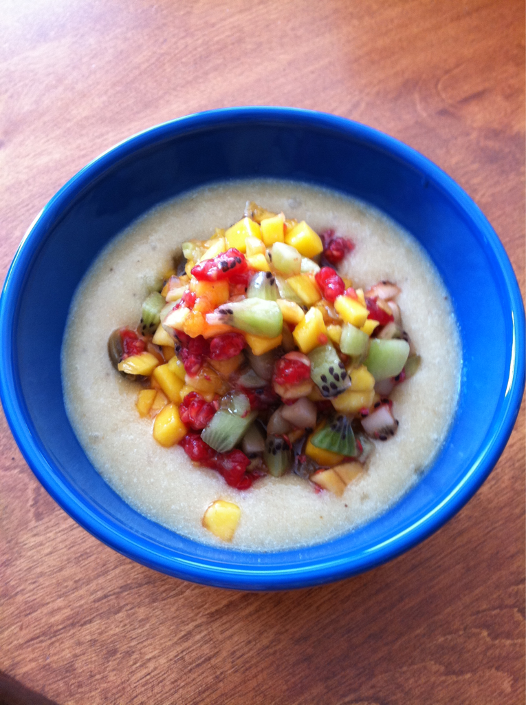Summer is a great time to eat a diet high in fresh fruits and veggies. Here is picture of a perfect raw breakfast that is super delicious and satisfying. It's my creamy banana pudding topped with fruit salsa. It's completely raw vegan, beautiful to look at, and tasty to eat.