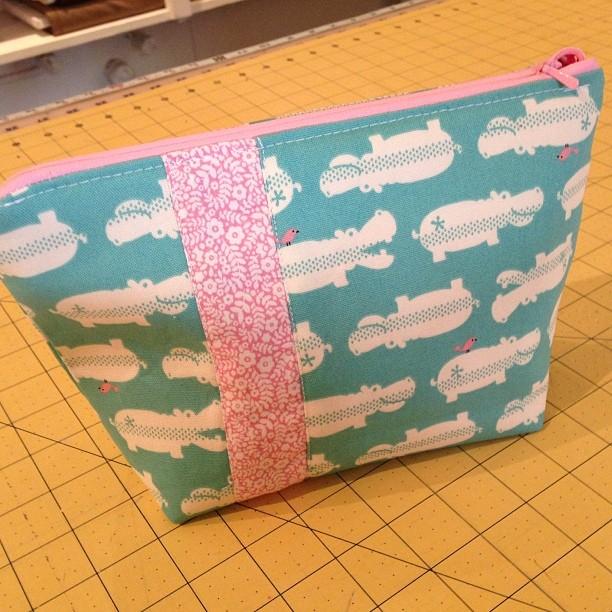 Fun sewing project. A little zipper pouch class at Fabricate. #fabricateboulder #sewing
