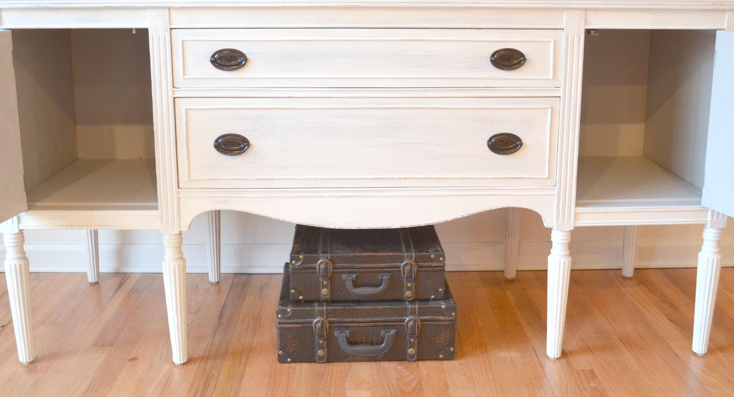 White Shabby Chic Buffet 7