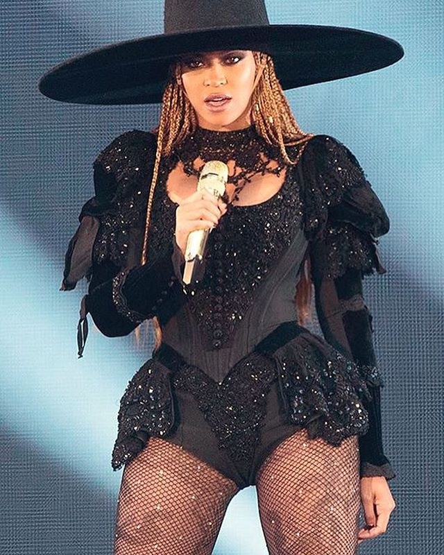 My next @beyonce costume for a very special performance in June. Paying homage to the Formation Tour! I'll be filming the entire journey from fabrics, cutting, sewing and fittings! . . . #beyonce #beyonceexperience #aaroncarty #dragqueen #dragqueens #drag #makeup #dance #performance @beyonce @mstinalawson @rupaulsdragrace @worldofwonder @werqtheworld