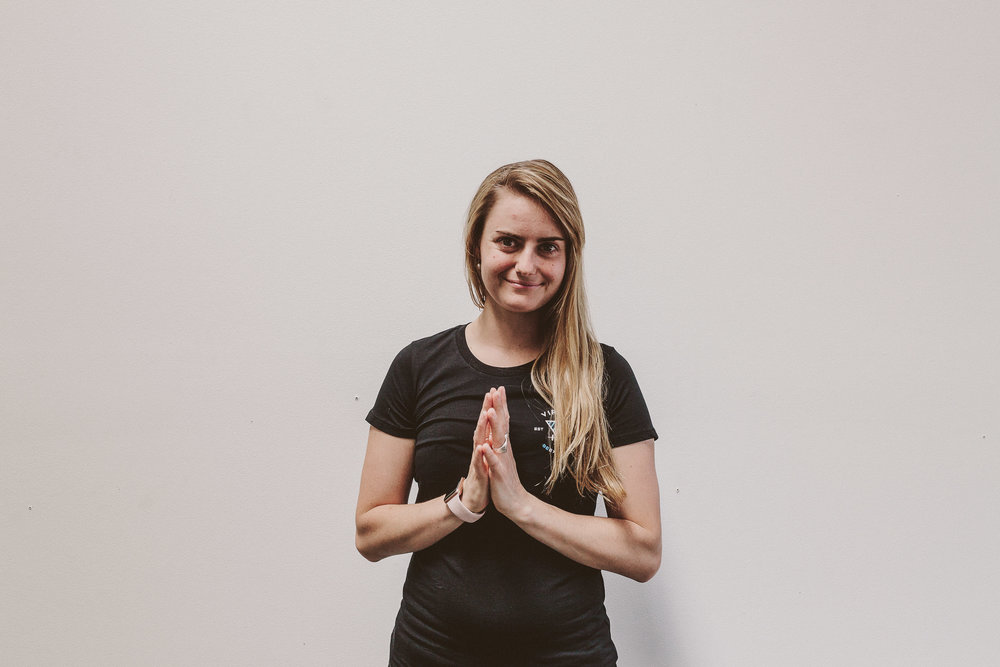 Anna Janssen - Yoga Instructor