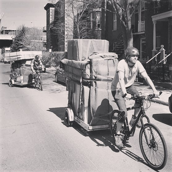 #youcandoitthisway #notadvised #consultthepros #MoveArtDesign #movingday