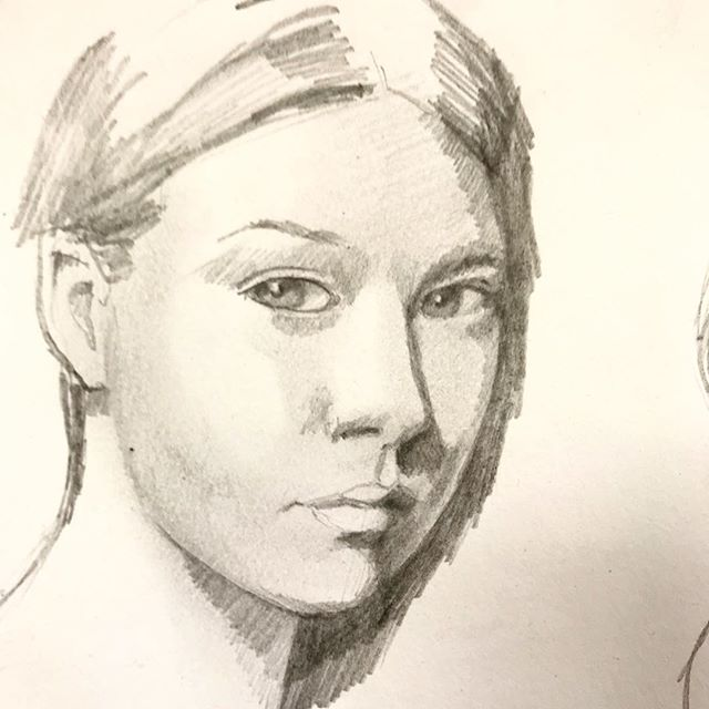 A couple of drawings from my daily sketch book. #pencildrawing #pencilportrait #dailysketch #anatomydrawing #faceproportions #melbourneartist