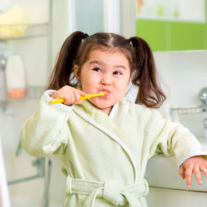 girl-brushing-teeth-300x300.jpg