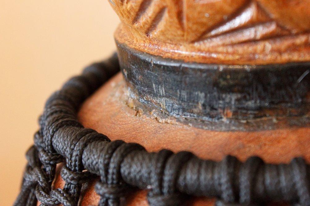 Оплётка несущего кольца чёрной верёвкой