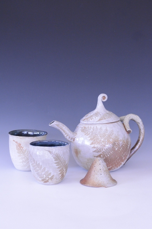 teapot with cups.jpg
