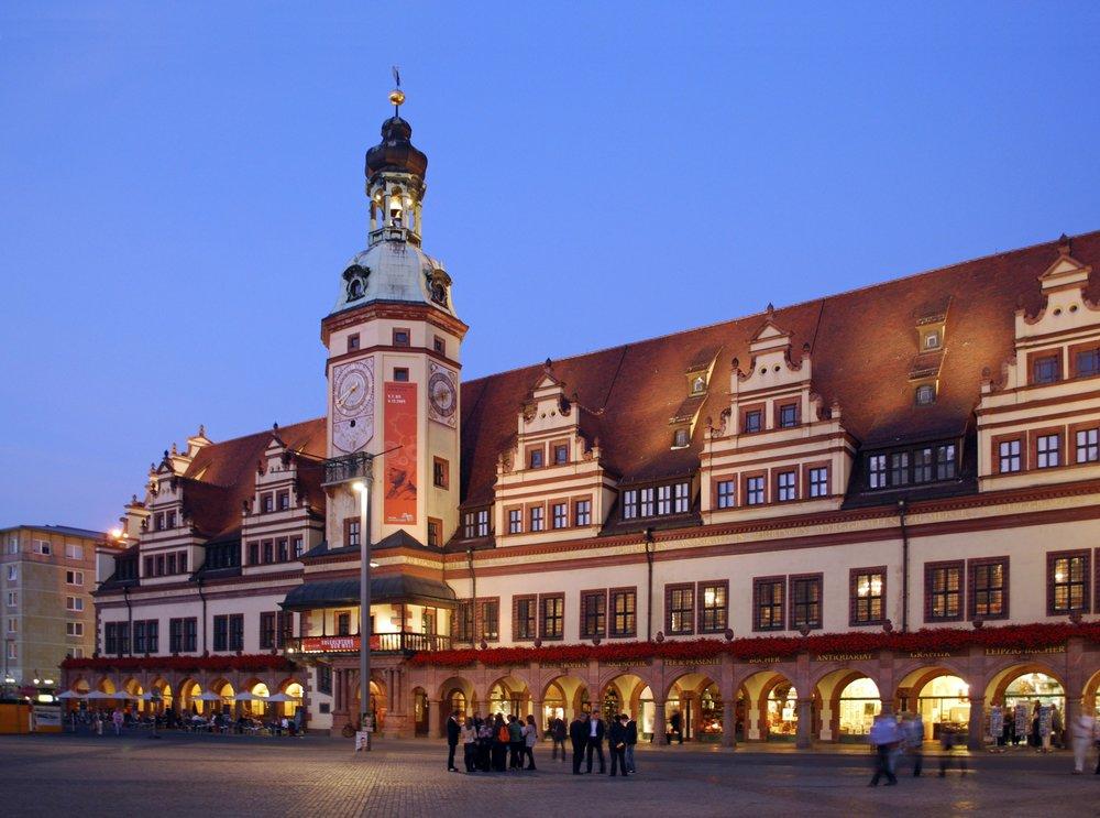 Altes-Rathaus Nacht-Markt-Altstadt