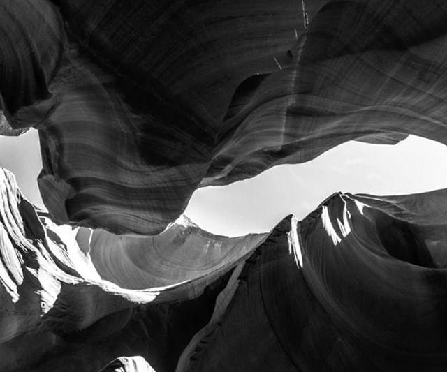 Photo Credit: Nicolas Cool on Unsplash •••••• The soft brush of wind Erodes harsh corners softly A reassurance •••••• #haiku #prose #poetry #indiepress #prosepoem #prosepoetry #literarypress #experimental #expandedfield #experimentalwriting #multimedia #transmedia