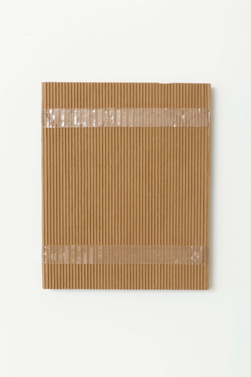 """Monochrome with Corrugated Cardboard and Tan Packing Tape , 2016 Acrylique sur toile de lin  20 x 16""""."""