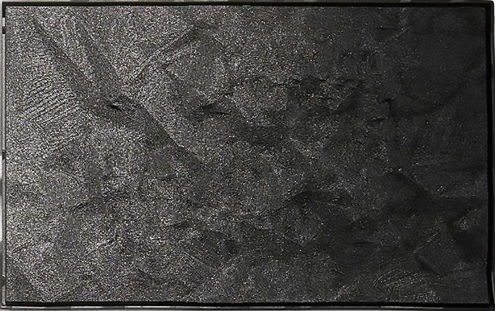 """Nicolas Baier ,  Lamelle 16 (noire-positif) , 2017 (detail), Acide polylactique, noir de carbone, peinture nitro 2G, acier, 9"""" x 15""""."""