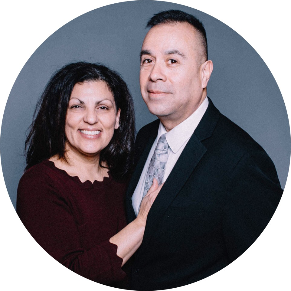 Director del Ministerio para Matrimonios - Rick & Dina Vigil