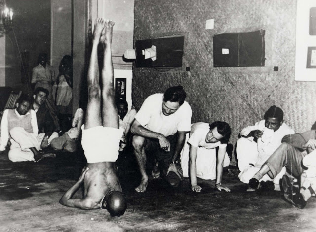 Sri K Pattabhi Jois demonstrating salamba sarvangasana (shoulderstand)