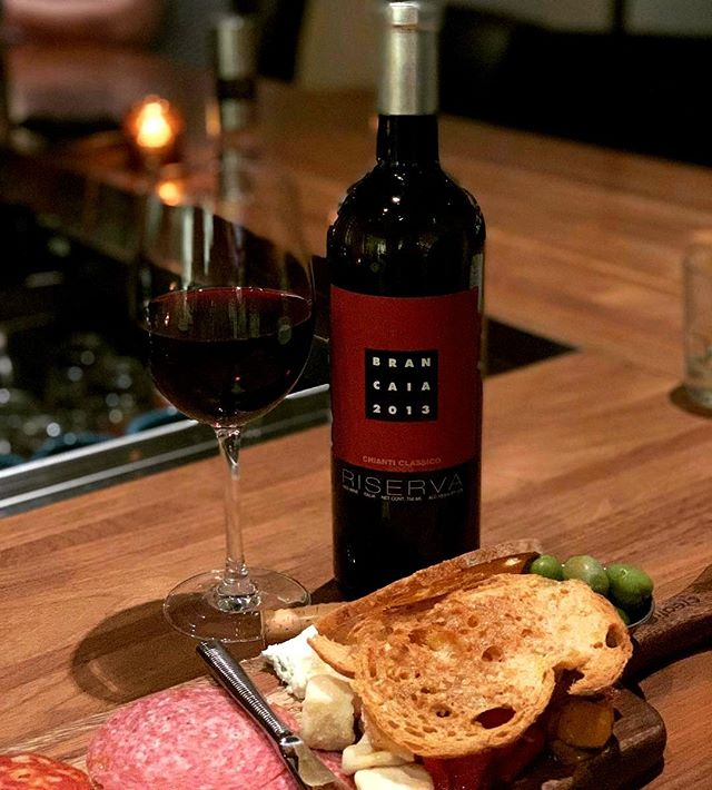 Is there a better way to round out the day than with a great bottle & board? Purchase any bottle of wine after 7pm daily, and get a charcuterie board on us! Photo: @goodwinesandgoodtimes