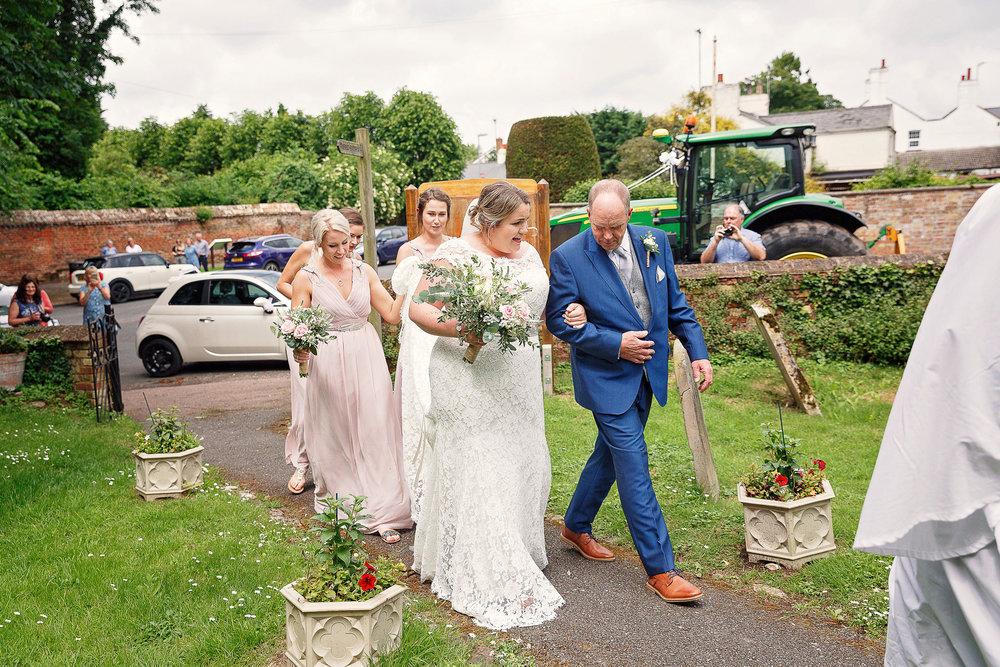 Liz Greenhalgh Tipi Wedding-10.jpg