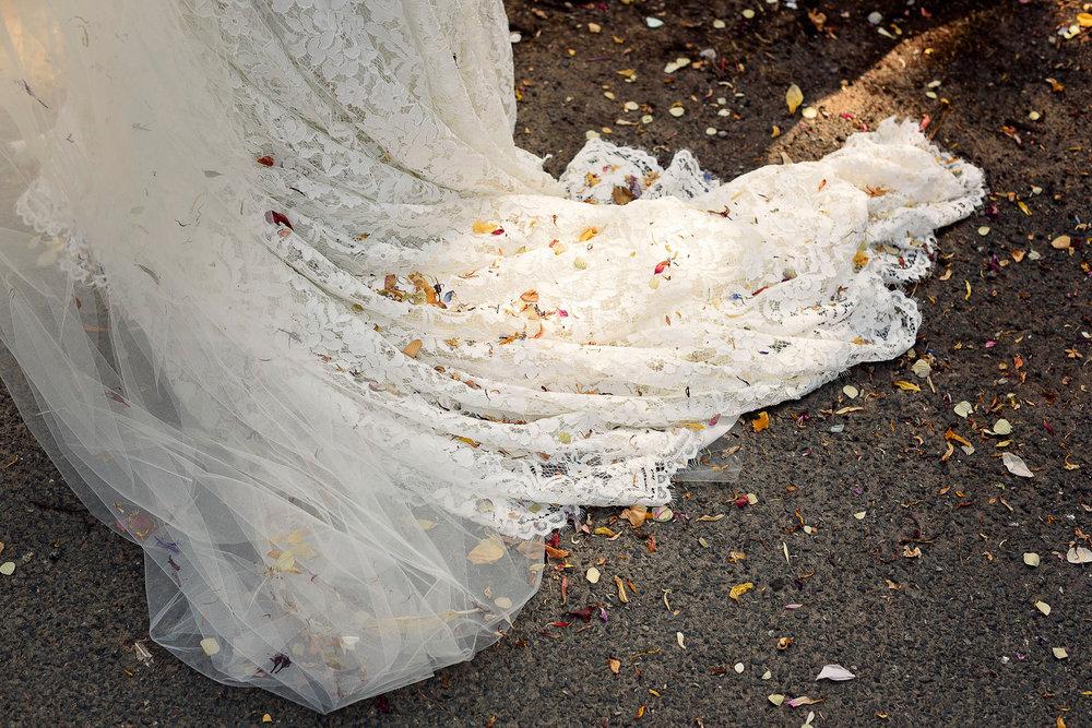 Liz Greenhalgh Tipi Wedding-18.jpg