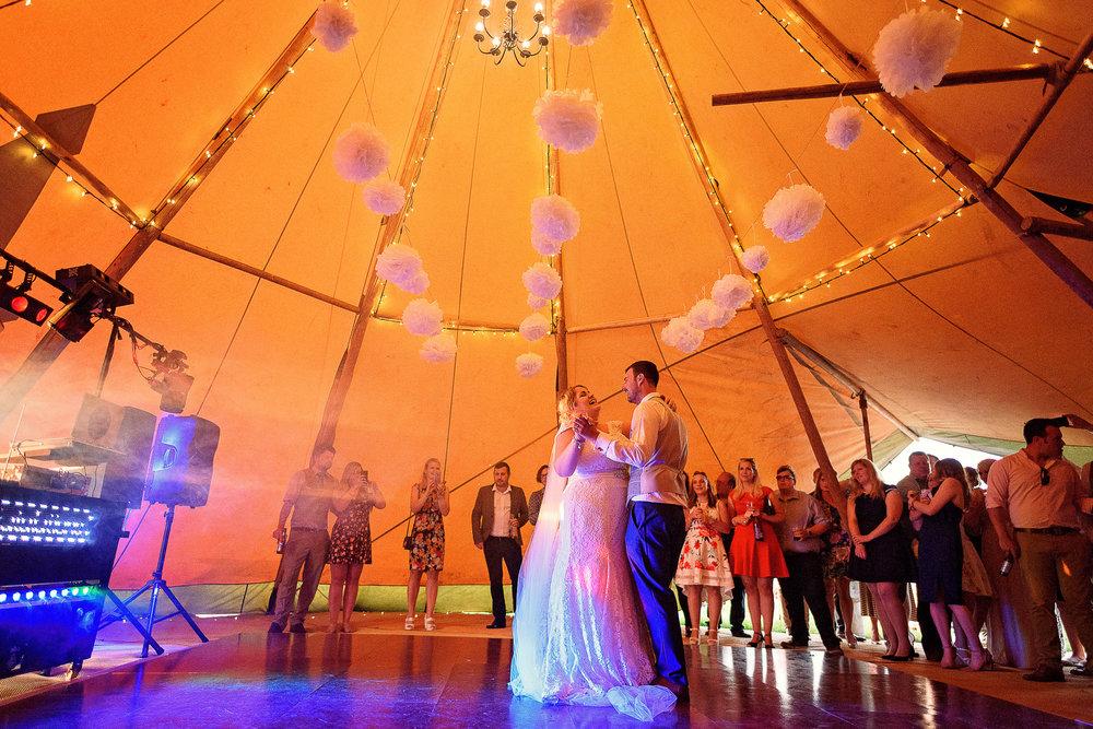 Liz Greenhalgh Tipi Wedding-44.jpg