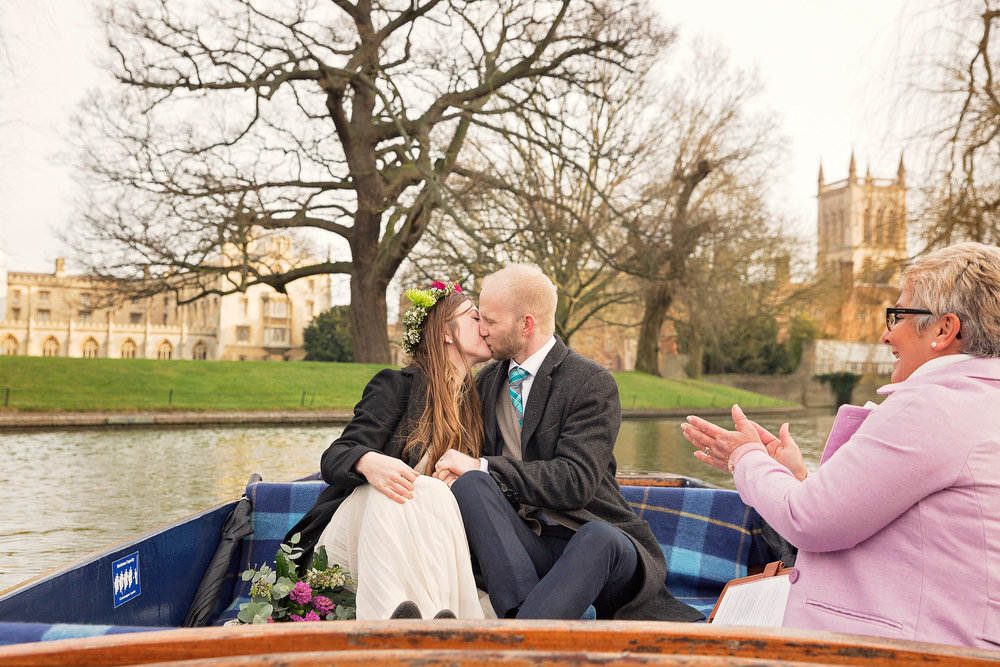 Liz Greenhalgh Punt Wedding19.jpg