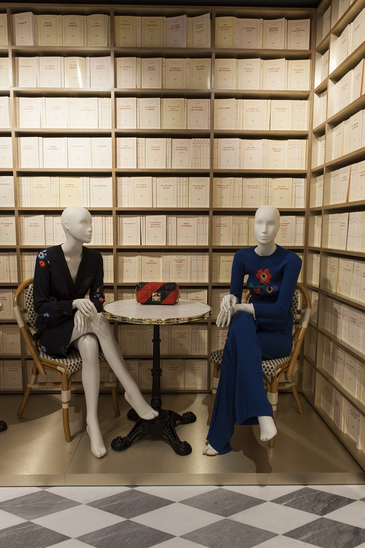 Flagship-Sonia-Rykiel-Madrid-Foto-By-ManoloYllera-Vudafieri-Saverino-Partners-sillas-thonet-.jpg