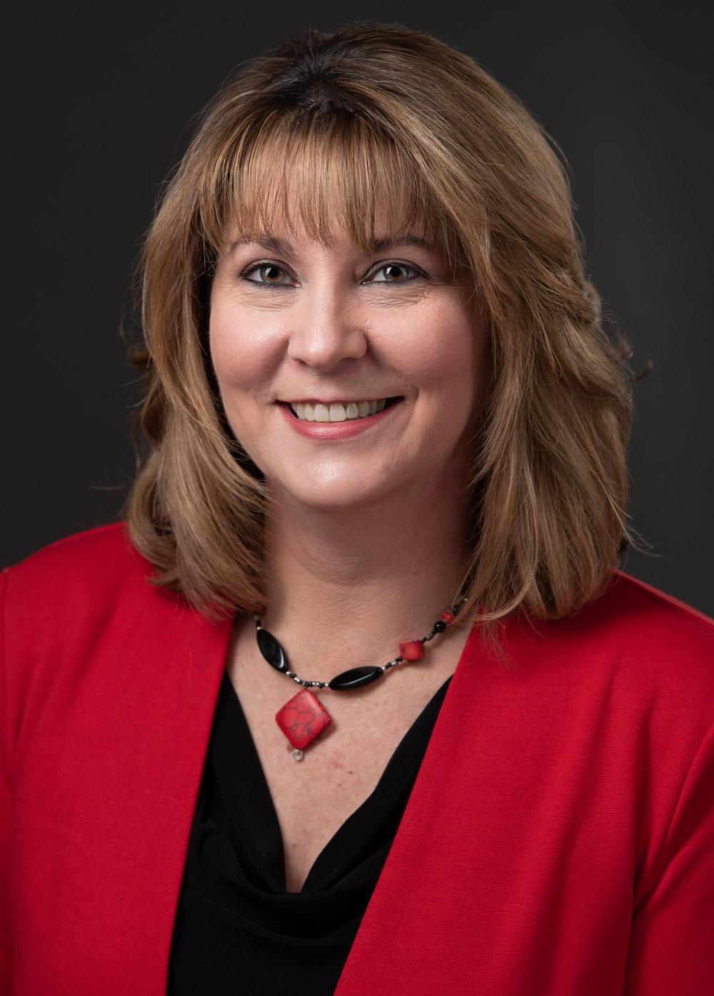 Elaine's HeadShot.jpg