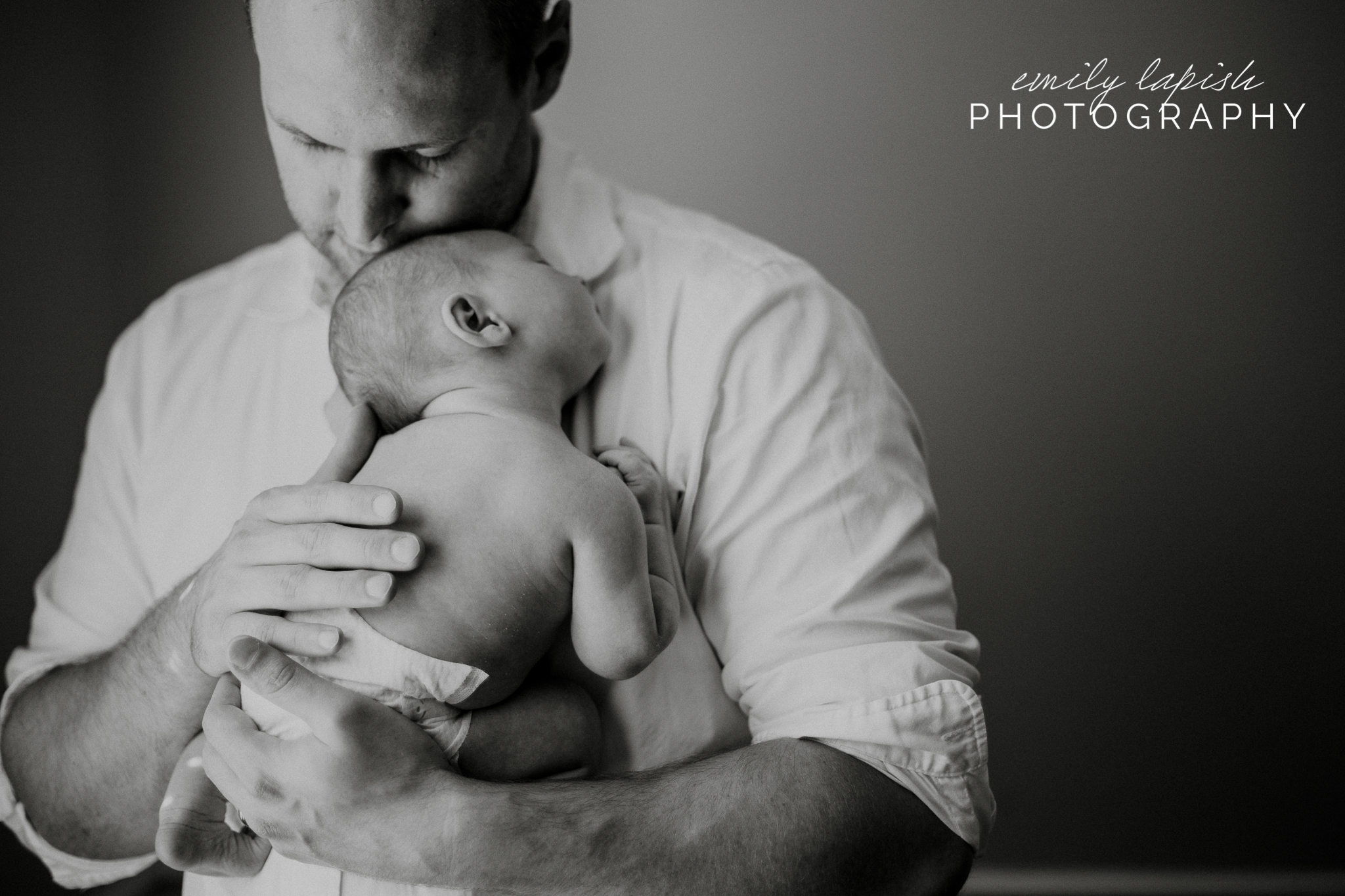 Chattanooga in-home lifestyle newborn photography