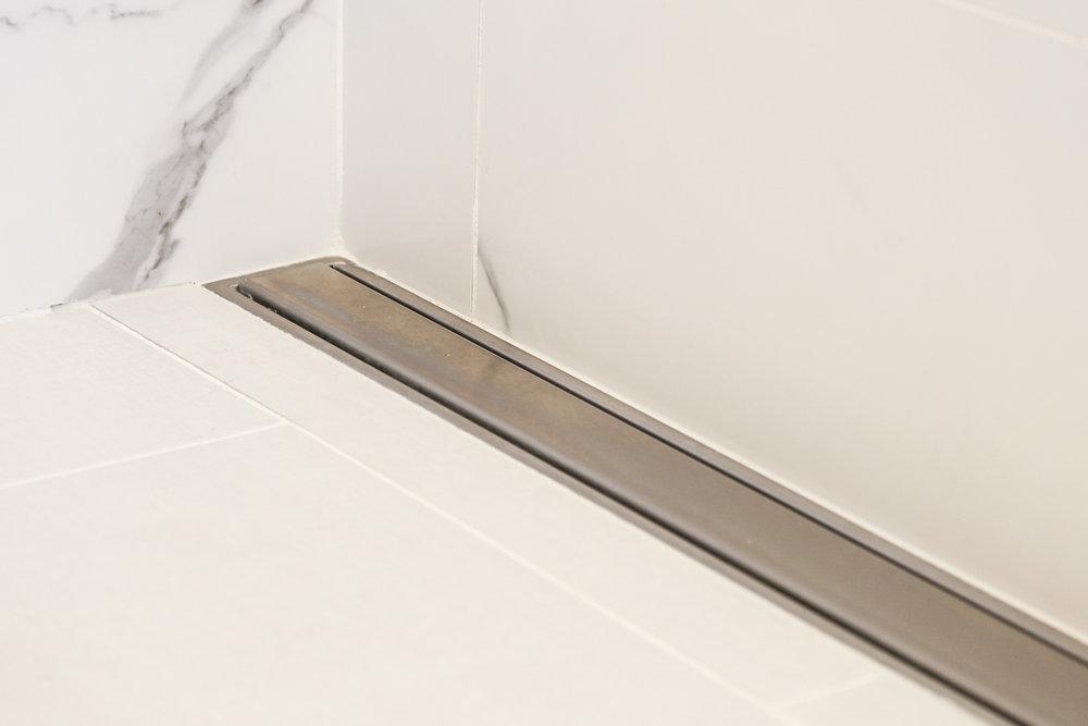 Bathroom-23.JPG